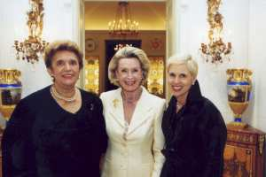 Viginia E. Hayes-Williams, Dina Merrill